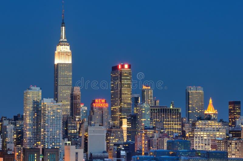 Download Manhattan Skyline editorial image. Image of location - 21077270