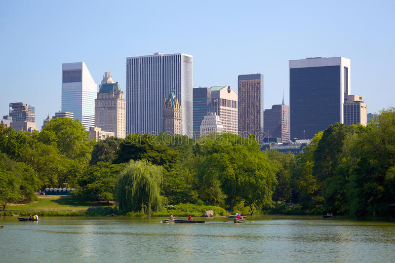 Download Manhattan Skyline And Central Park Stock Photo - Image: 26280878