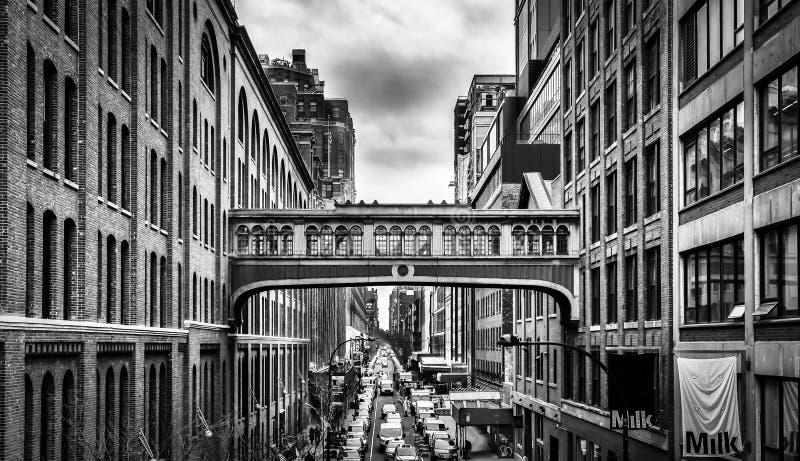 Manhattan Skyway B&W royalty-vrije stock afbeeldingen