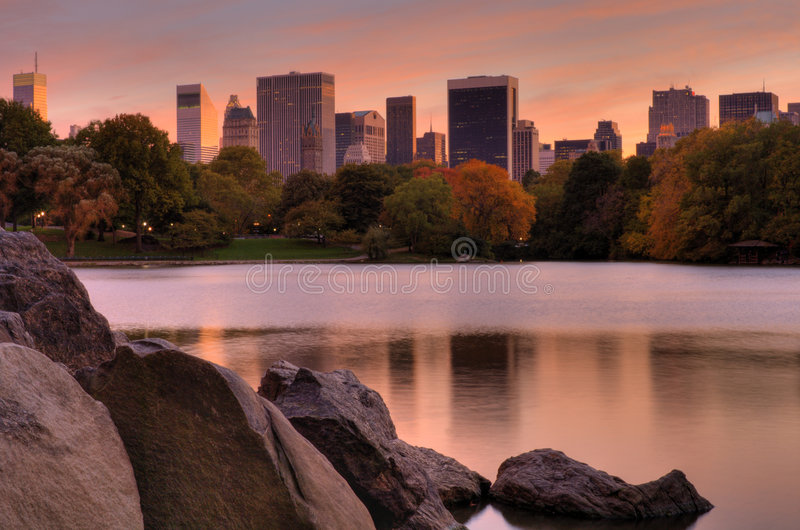 Manhattan-Sonnenuntergang lizenzfreie stockfotografie