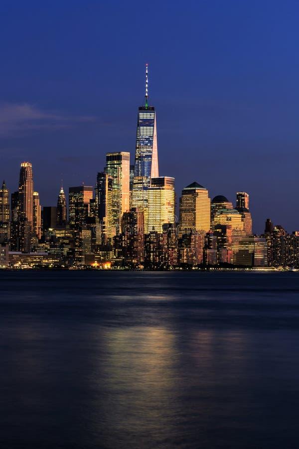 Manhattan vid natt, New York City, USA arkivbild