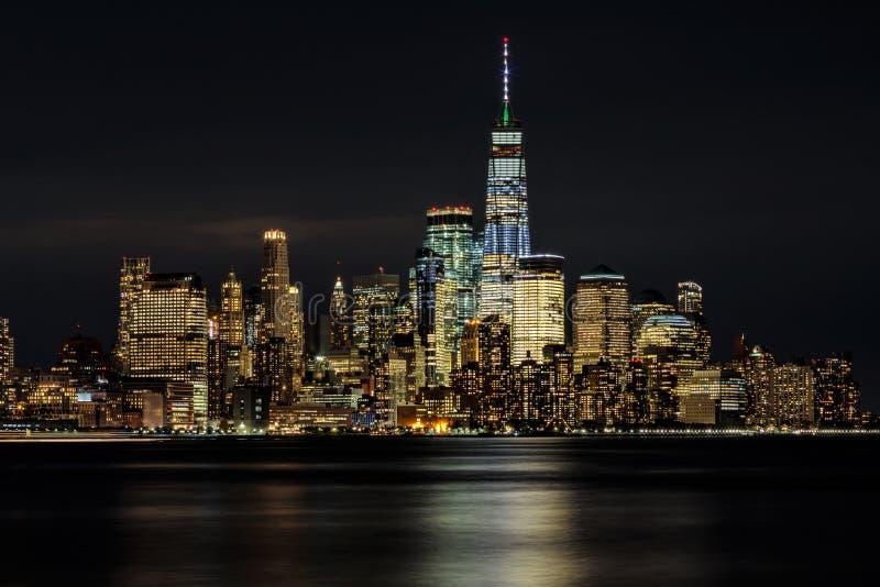 Manhattan vid natt, New York City, USA arkivfoto