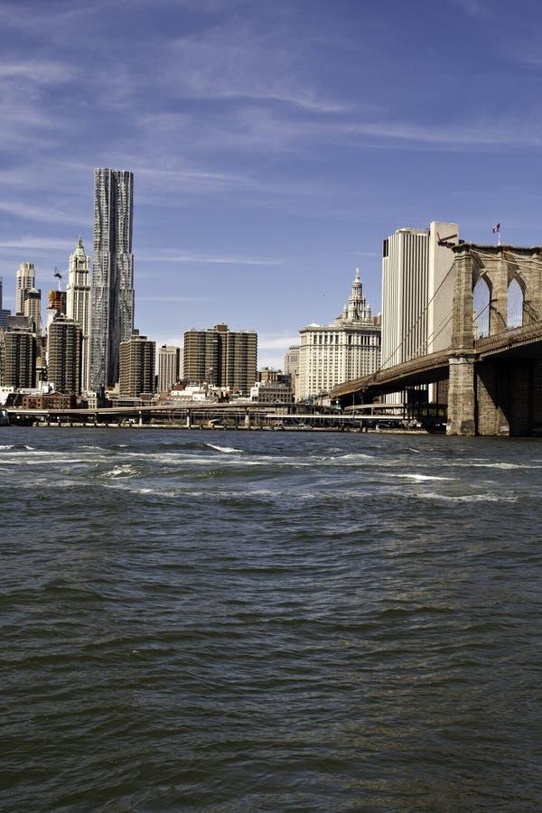 Download Manhattan Y Puente De Manhattan Imagen de archivo - Imagen de ciudad, metrópoli: 44850463