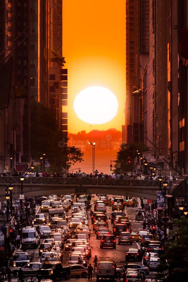 Manhattanhenge in de Stad van New York royalty-vrije stock afbeeldingen
