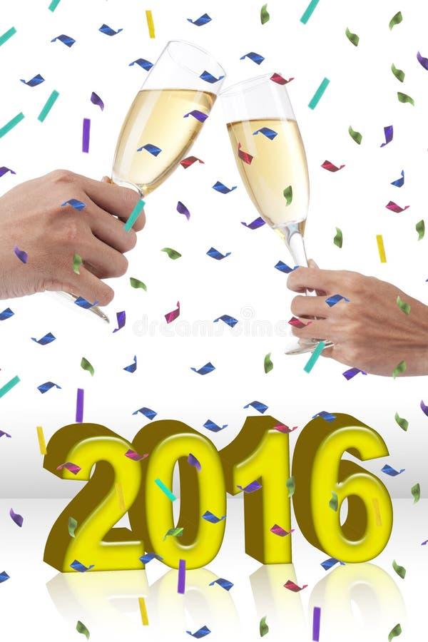 Mani che celebrano nuovo anno e che tostano champagne immagine stock