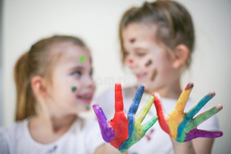Mani colorate fotografie stock libere da diritti