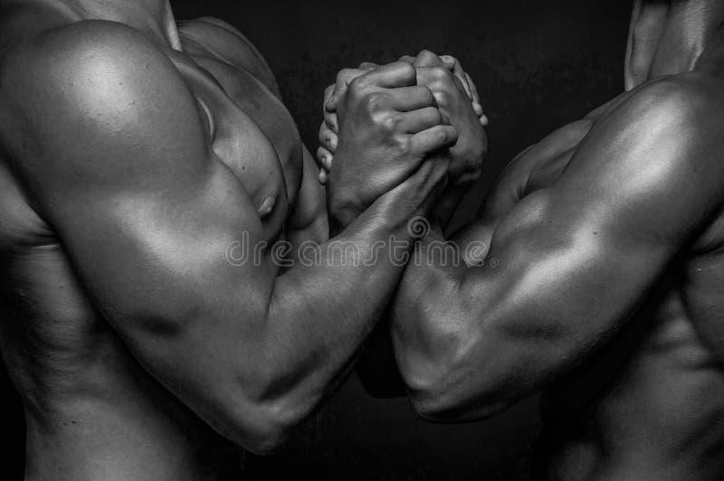 Mani maschii fotografie stock