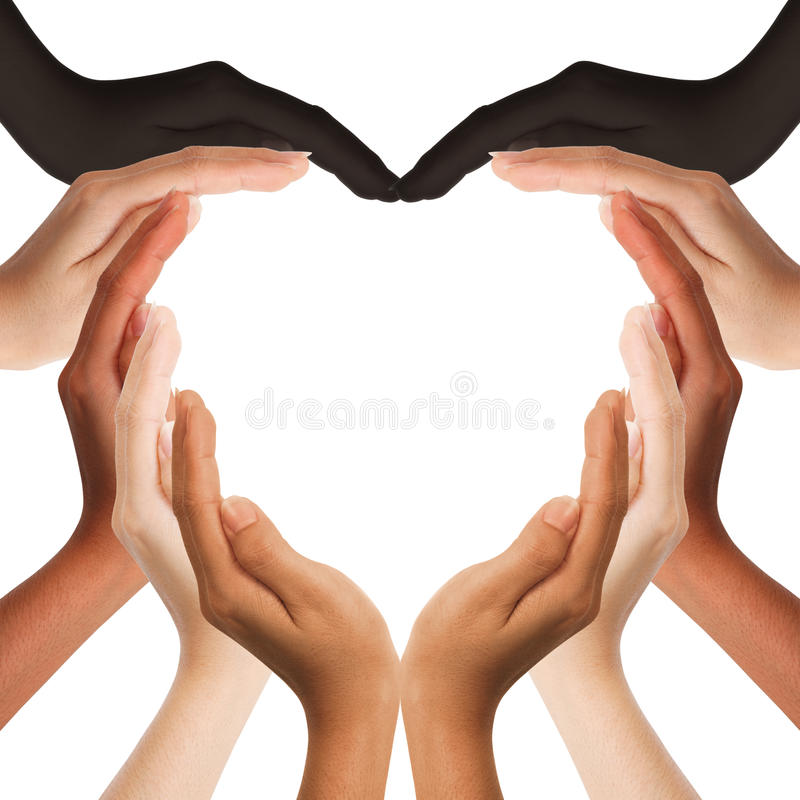 Mani umane Multiracial che fanno una figura del cuore immagini stock libere da diritti