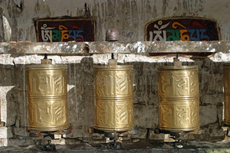 Mani-wiel bij Potala-paleis stock foto's