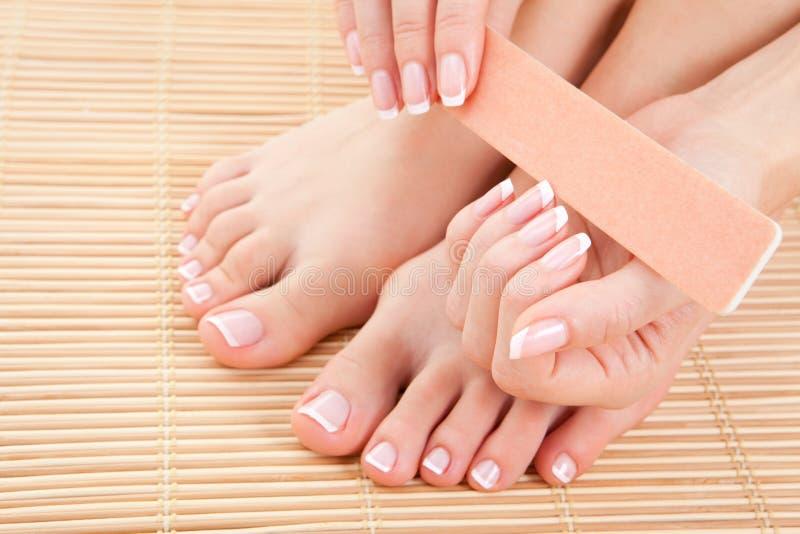 manicure śliczna robi kobieta obraz stock