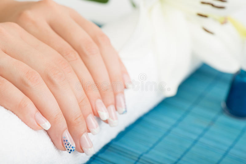 Download Manicure fotografia stock. Immagine di scintillio, nana - 56885632