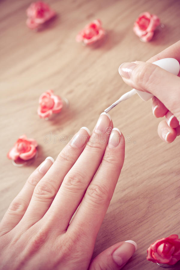 Manicure da beleza e wellness de relaxamento dos termas fotos de stock royalty free