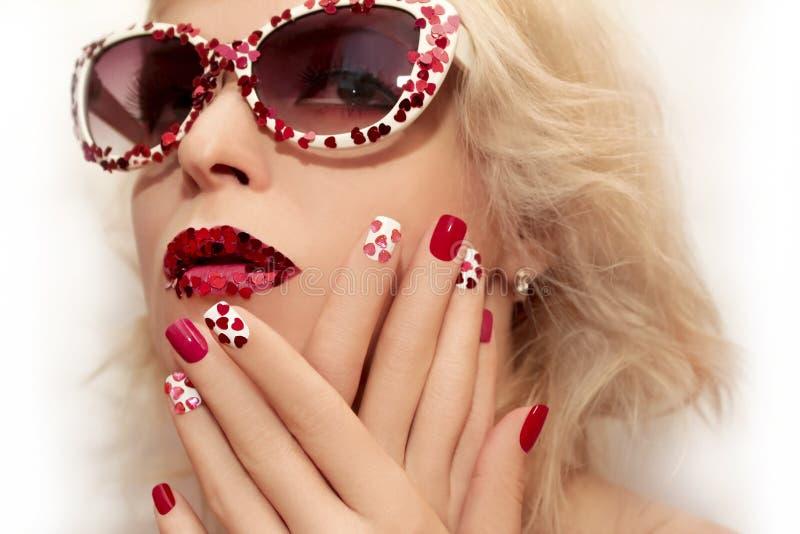 Manicure en make-up met harten royalty-vrije stock foto's
