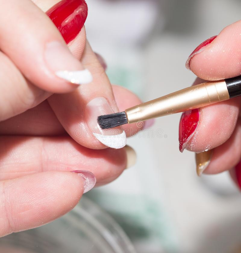 Manicure no salão de beleza de beleza imagens de stock royalty free