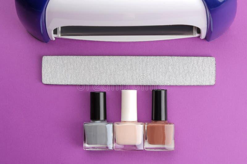 manicure ULTRAFIOLETOWE lampy, gwoździa kartoteki i Manicure narzędzia dla gwoździ i akcesoria wierzchołek vi zdjęcie stock