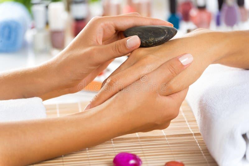 Manicureprocedure stock afbeeldingen