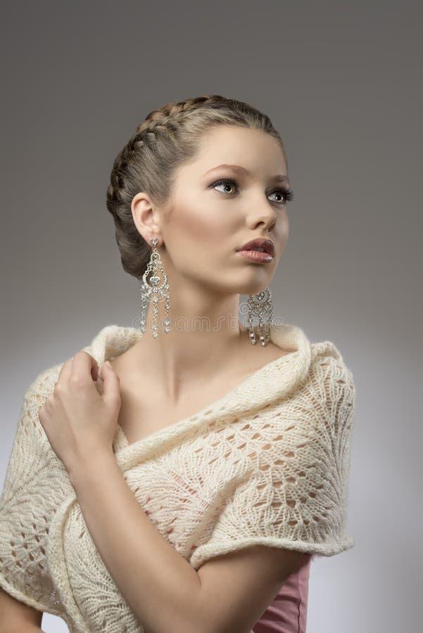 Manier elegant mooi meisje stock foto's