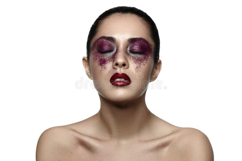 Manier vrouwelijk Aziatisch Model met purpere Make-up royalty-vrije stock fotografie