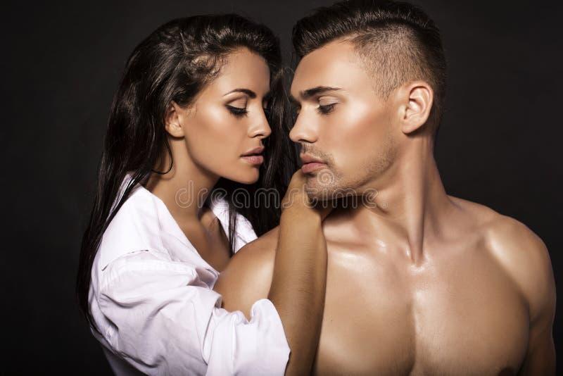 Manierfoto van sexy gloedvol paar royalty-vrije stock foto's