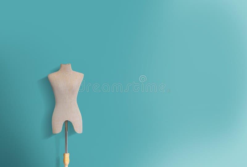 Maniermodel op turkooise achtergrond stock fotografie