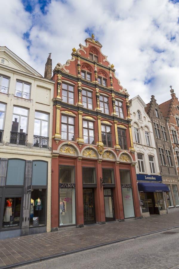 Manierwinkel in een oud hersteld huis van Brugge royalty-vrije stock foto's