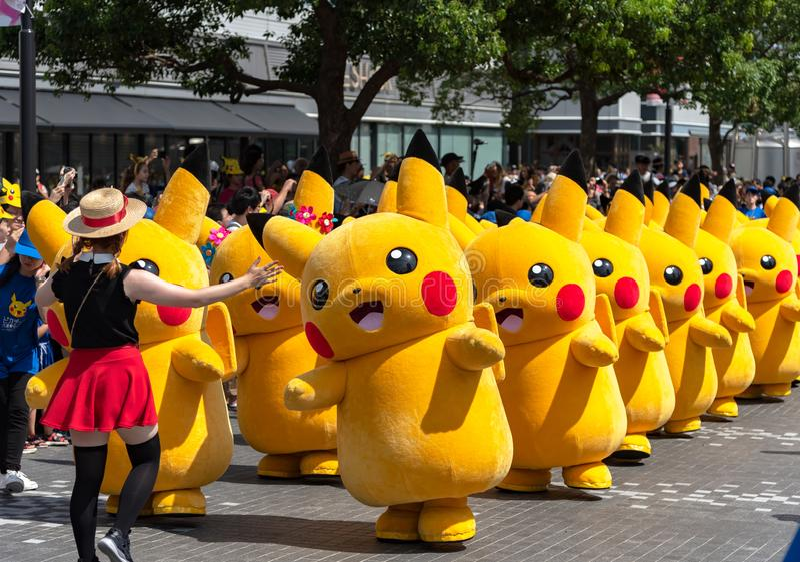 Manifestação de Pikachu! 2018 sobre 1.500 Pikachus a aparecer & desfilar em Yokohama foto de stock royalty free