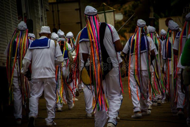 Manifestación popular en polis del ³ de SabinÃ, Minas Gerais, el Brasil del origen africano imagenes de archivo