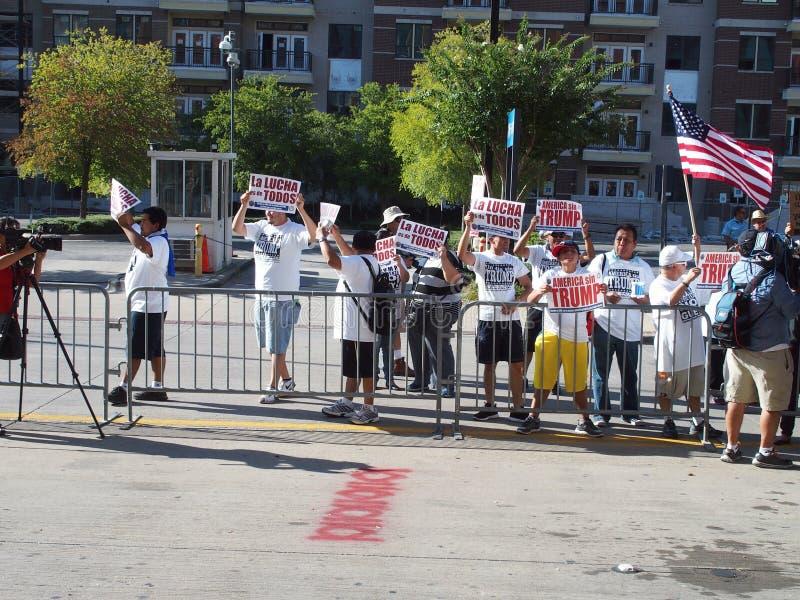 Manifestantes políticos foto de archivo
