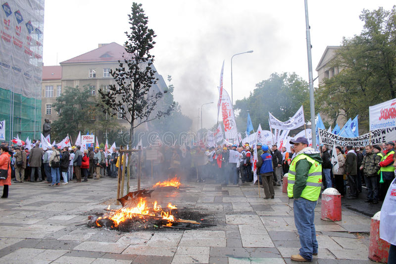 Manifestation d'ouvriers images stock