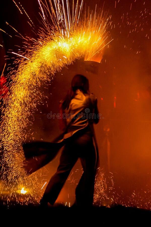 Manifestazione stupefacente del fuoco immagini stock libere da diritti