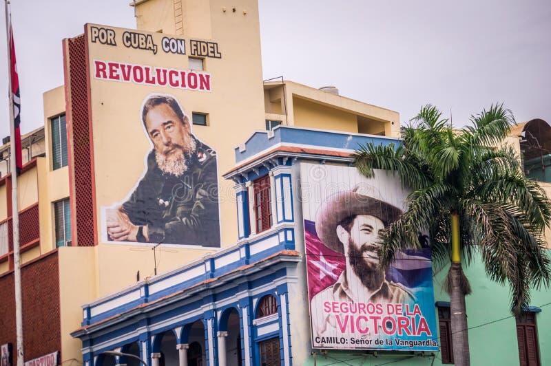 Manifesti di propaganda per la rivoluzione cubana in Santiago de Cuba immagine stock