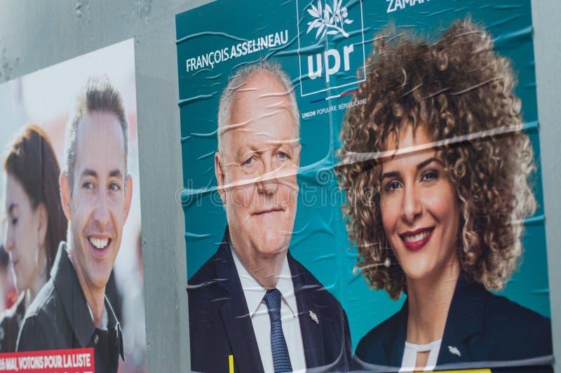 Manifesti ufficiali di campagna dei capi di partito politico un dei candidati che corrono nelle elezioni europee del maggio 2019 fotografia stock