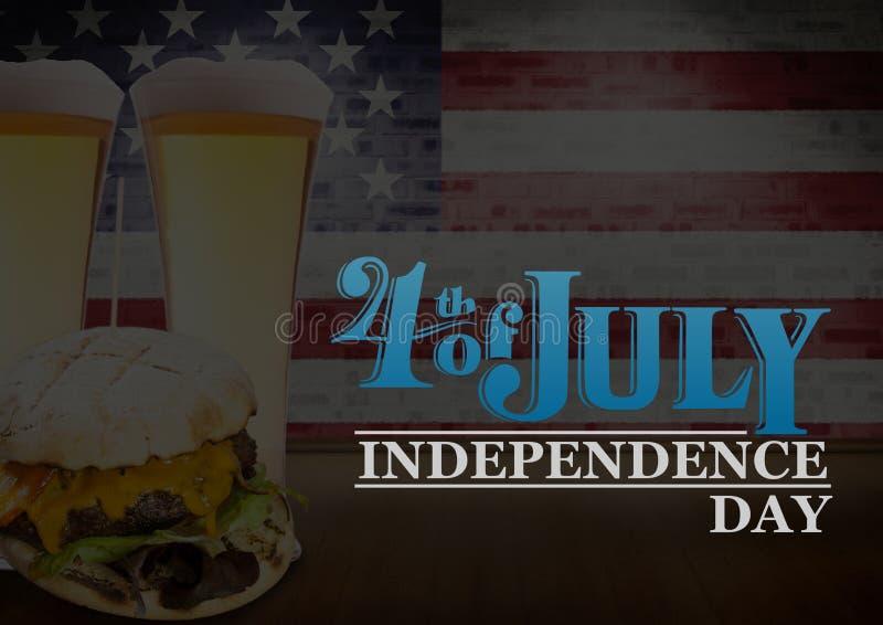 Manifesto della festa dell'indipendenza con gli hamburger e le birre fotografia stock libera da diritti
