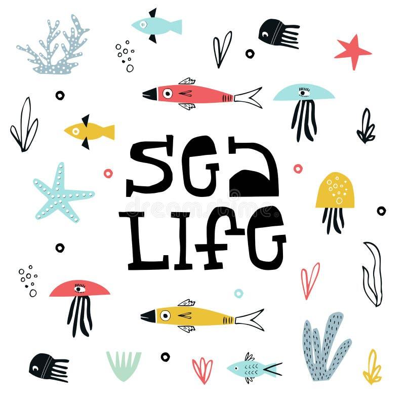 Manifesto vita dei bambini di estate del mare con un pesce, le meduse e un'alga tagliati di carta e dell'iscrizione del dtawn del illustrazione di stock