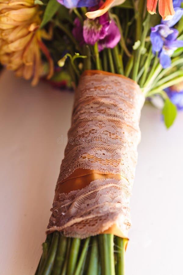 Manija elegante del arreglo del ramo de la flor del vintage fotografía de archivo libre de regalías
