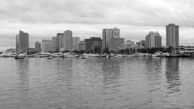 Download Manila Bay Skyline In Black & White Stock Images - Image: 4351314