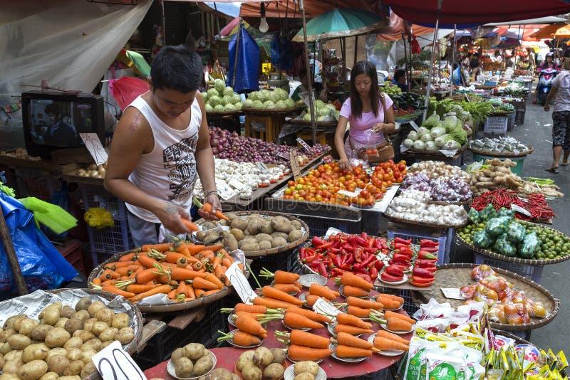 Manila Filipiny, Lipiec, - 16, 2016: Warzywa w ulicznym rynku obrazy stock