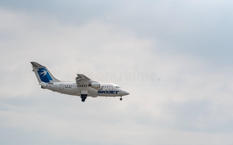 MANILA FILIPINY, LUTY, - 02, 2018: RP-C5255 SkyJet linie lotnicze Brytyjscy Kosmiczni 146 Ląduje w Manila lotnisku międzynarodowy zdjęcia royalty free