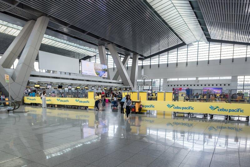 MANILA, PHILIPPINEN - 6. FEBRUAR 2018: Internationaler Flughafen-Innenraum Manilas Ninoy Aquino lizenzfreies stockbild