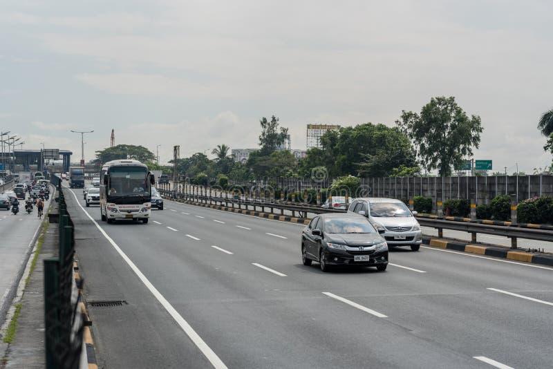 MANILA, PHILIPPINEN - 2. FEBRUAR 2018: Verkehr in Manila, Philippinen stockfotos