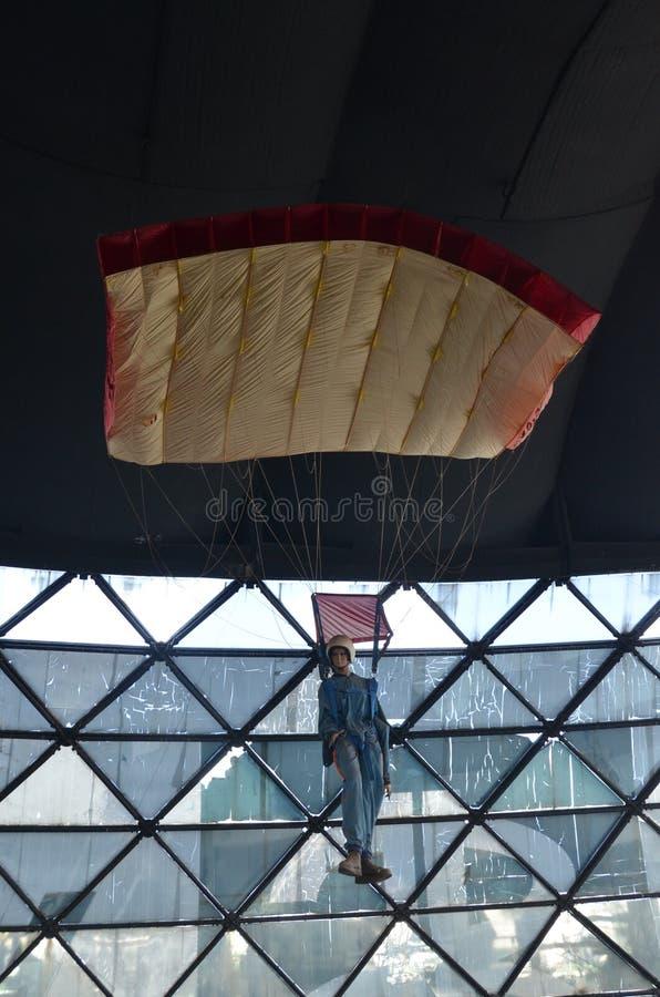 Maniquí del paracaidista imagen de archivo libre de regalías