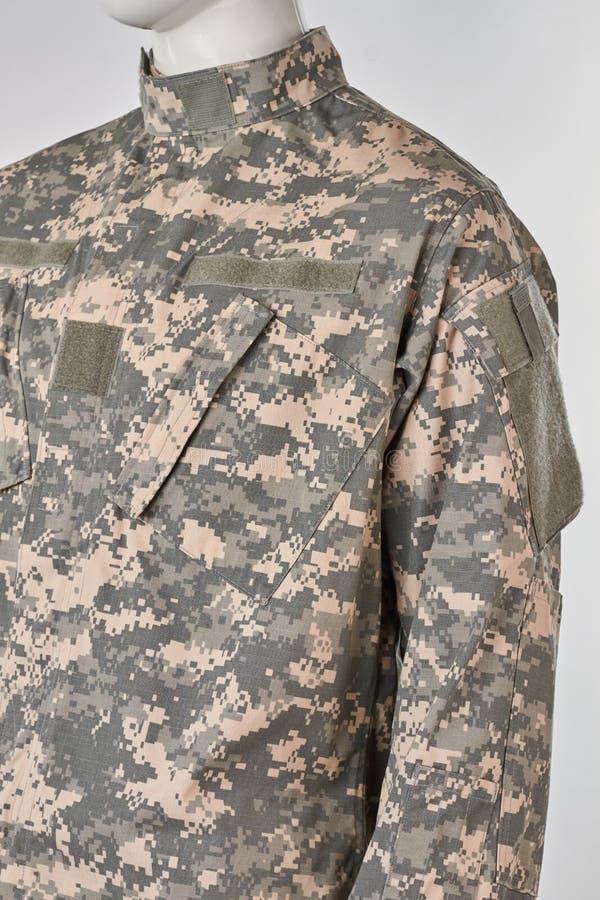 Maniquí en el uniforme militar, visión cosechada imagen de archivo libre de regalías