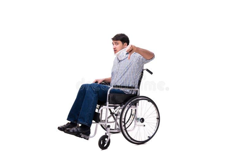 Manlidandet från skada på rullstolen royaltyfri foto