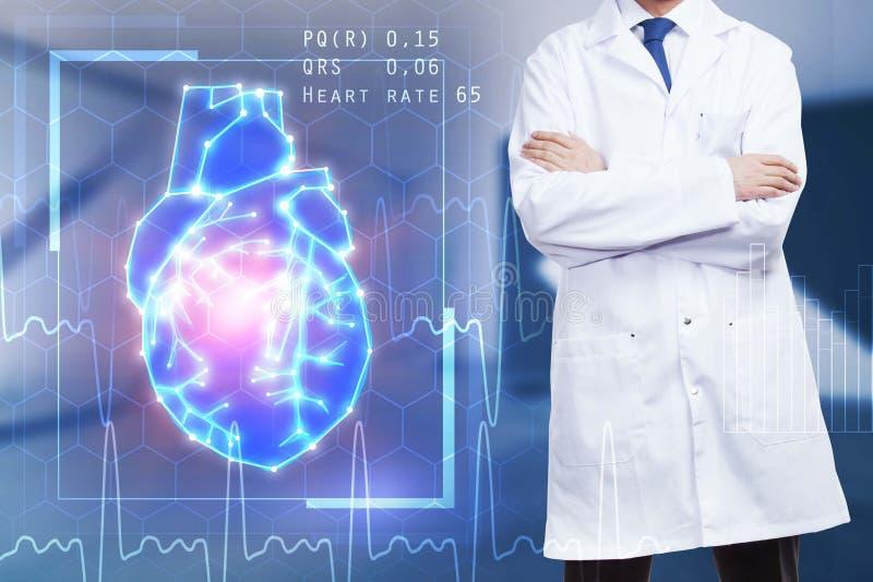 Manlig doktor med hjärtahologrammet royaltyfria bilder