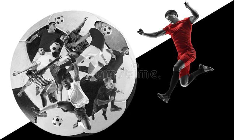 Manliga fotbollsspelare i handling, idérik svartvit collage royaltyfria foton