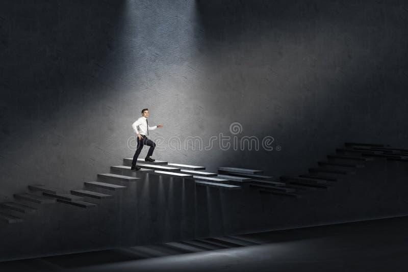 Mann auf Treppenhaus stockfotos