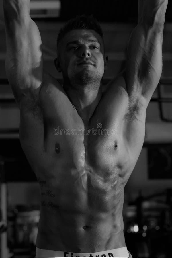 Mann, Barechestedness, Bodybuilder, Body Man lizenzfreies stockbild