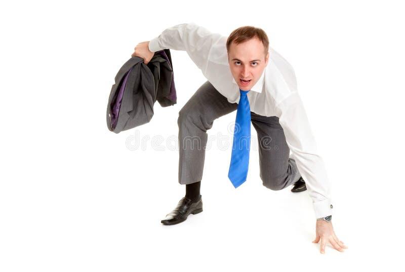 Mann bereitet vor sich zu laufen lizenzfreie stockfotos