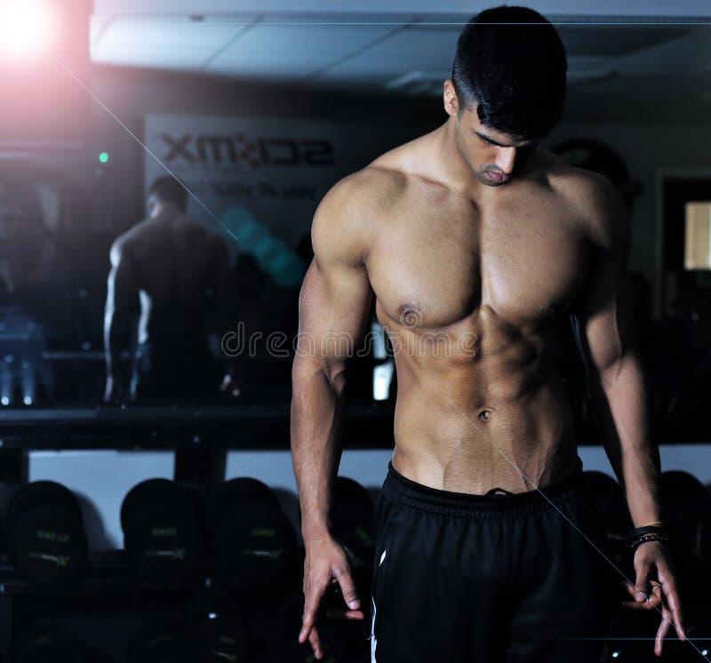 Mann, Bodybuilder, Barechestedness, Body Man lizenzfreies stockbild
