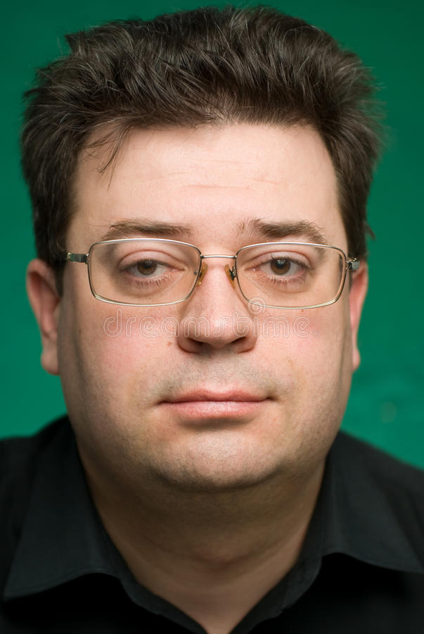 Mann in den Gläsern. stockbilder